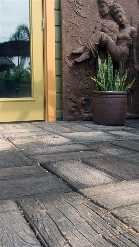 Patio Pavers That Look Like Wood Concrete Pavers That Look Like Weathered Wood Big Grass