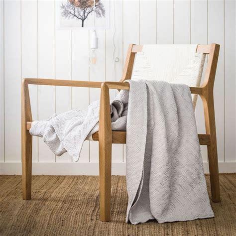 couvre lit 260x240 17 meilleures id 233 es 224 propos de couvre lit gris sur literie gris couette grise et