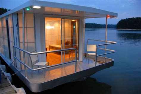 sex in house boat if it s hip it s here the metroship a modern luxury