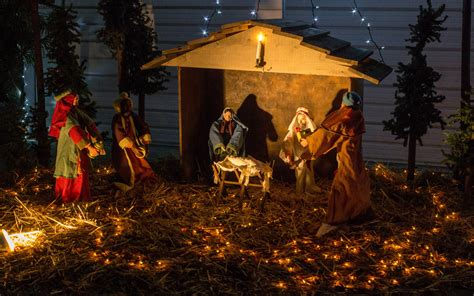 4 Pics 1 Word Telephone Crib Manger by Image Gallery Nativity Wallpaper