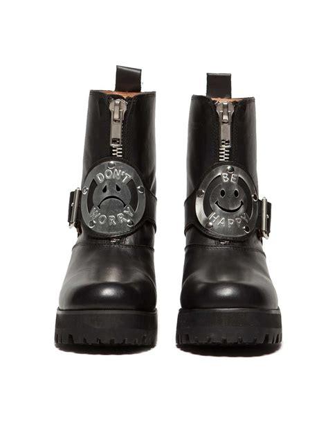 unif dwbh boots