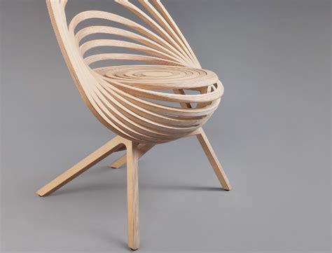 Designer Couches octave le fauteuil spirale de bois par estampille 52