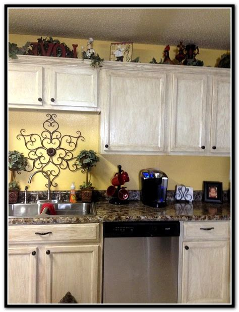 spray paint kitchen cabinets rustoleum spray paint cabinets rustoleum home design ideas