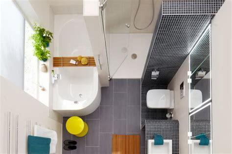 Kleines Bad Mit Dusche 4m2 by Kleine B 228 Der Mit Dusche Und Badewanne
