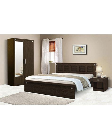 bedroom sets online india kosmo pyramid bedroom set with queen size bed buy kosmo