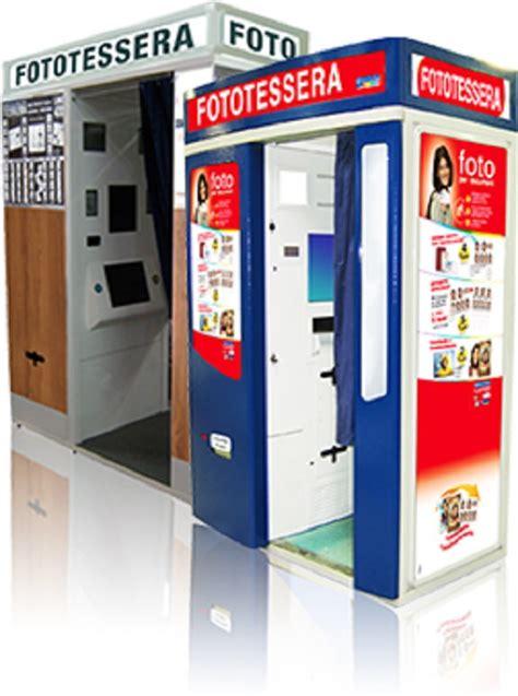cabina fototessera rubata la cabina per le fototessere a tommaso natale