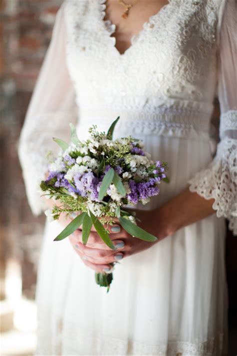 Handmade Bridal Bouquets - diy tutorial how to make your own diy wedding bouquet