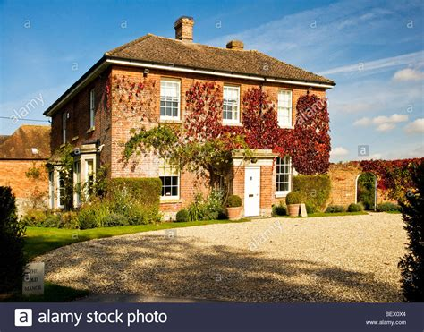 country house typical country manor house in ogbourne st andrew