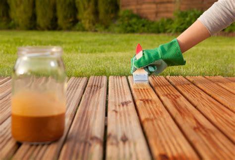 deck stains  sealing decks fences frederick fence