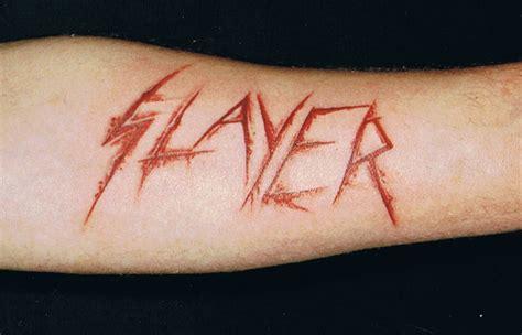 tom araya thinks slayer fans that get logo signature