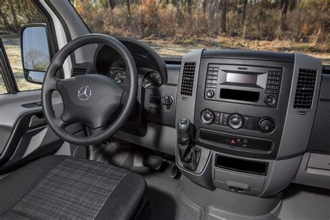 Mercedes Sprinter Interior by Mercedes Sprinter Review And Rating Motor Trend