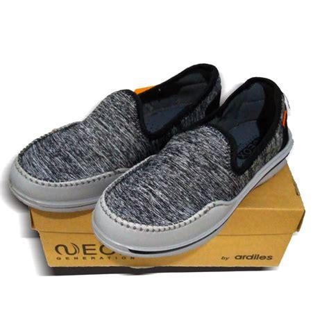 Sepatu Merk Ardiles sepatu cewek merk neox by ardiles model almatea abu2