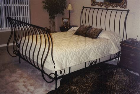 iron sleigh bed metalcraft of pensacola wrought iron sleigh bed decoist