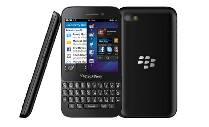 blackberry cuts price of q5 qwerty smartphone to rs 19 990