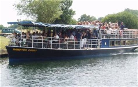 thames river boat hire oxford the river thames guide private boat trips party boats