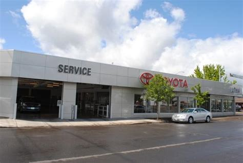 Toyota Dealers Oregon Lithia Toyota Scion Of Springfield Springfield Or 97477