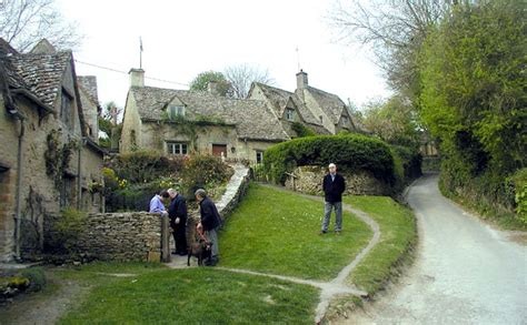 Houses Built On Slopes by Cotswolds Simple English Wikipedia The Free Encyclopedia
