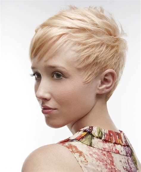 super short cuts for fine straight hair 20 layered hairstyles for thin hair popular haircuts