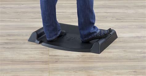 terramat standing desk mat the best flat and non flat topo standing desk mats for 2018