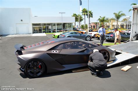 Lamborghini Million Dollar Car 2 2 Million Dollar Sesto Elemento Comes To Lamborghini