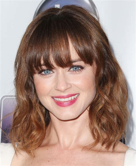 medium length hairstyles mid 20s 20 fabulous hairstyles for medium and shoulder length hair