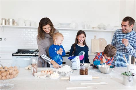 Family Activities by The Joules Journal Top Ten Family Winter Activities