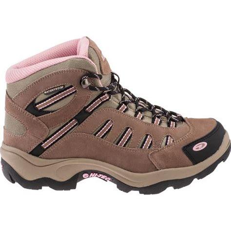Sepatu Boots Merk Cole rekomendasi sepatu gunung dengan harga murah tapi tidak