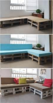 Platform Sleeper Sofa Diy Project Pallet Sofa Makes For 5 Star Naps Homejelly