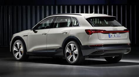 2019 audi e tron premium electric crossover goes head to