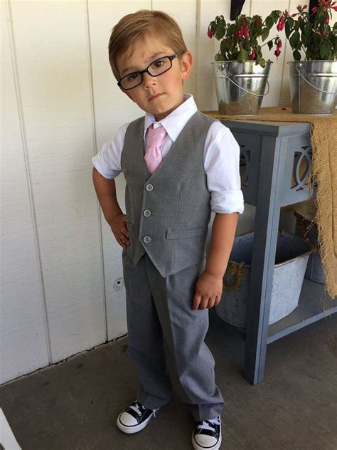 Wedding Attire For Toddlers by Best 25 Boys Wedding Ideas On