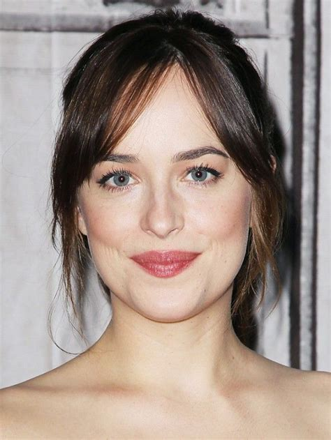 dakota johnson hairstyles and face shape 25 best ideas about parted bangs on pinterest center