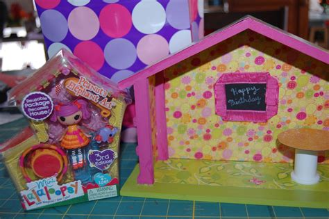 lalaloopsy house little white schoolhouse lalaloopsy house