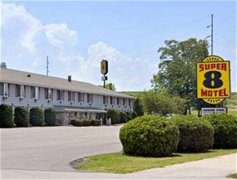 comfort inn sturgeon bay wi super 8 motel sturgeon bay sturgeon bay deals see hotel