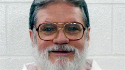 arkansas execution arkansas governor sets execution dates for 8 inmates komo
