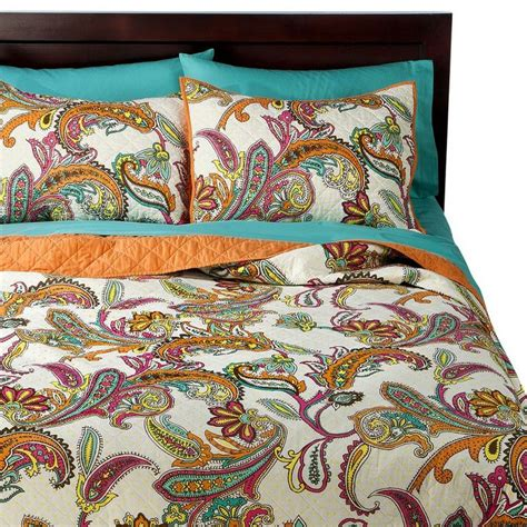 paisley quilt bedding xhilaration 174 paisley quilt bedroom pinterest