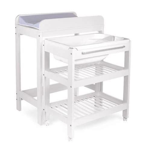 table a langer avec baignoire childwood table 224 langer tummy tub bath bain compris de childwood
