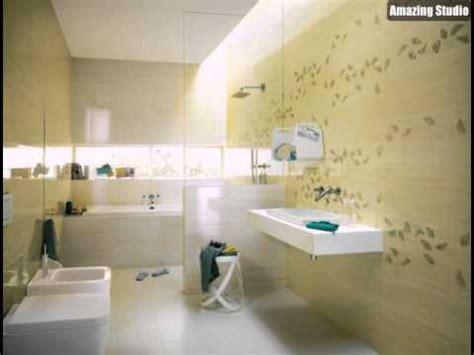 weiße badezimmerfliesen badezimmer badezimmer fliesen gelb badezimmer fliesen
