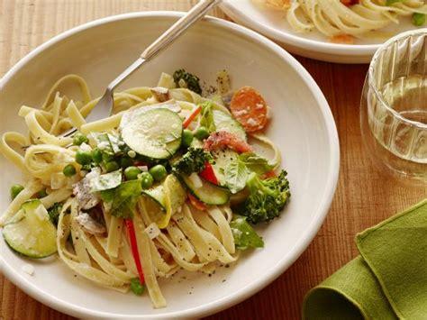best pasta primavera recipe pasta primavera recipe ree drummond food network