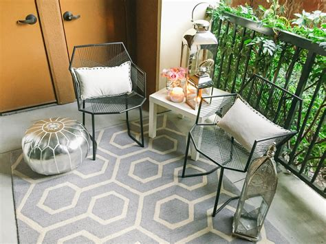 Style At Home // Small Space Moroccan Patio Décor
