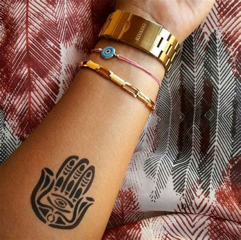 222 best tat hamsa images best 25 small hamsa ideas on