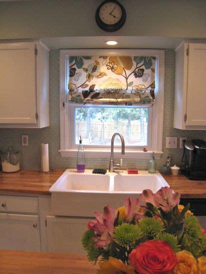 Backsplash Around Kitchen Window by Arctic Backsplash Finally 171 Ellie