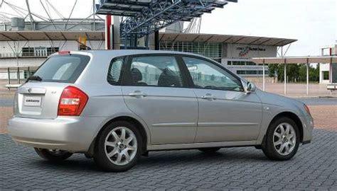 kia cerato 1 6 lx review kia cerato 1 6 lx 2005 autoweek nl