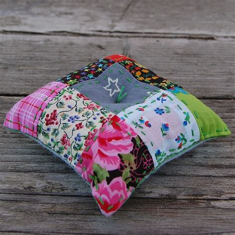 Patchwork Pincushion - 17 best images about pincushions needlebooks on