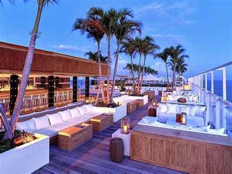 best 25 rooftop bar ideas on rooftops