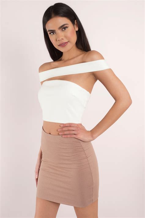 To Trendy White white shoulder crop top www pixshark images