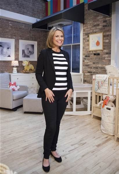 when i savannah due second baby savannah guthrie ready for baby bump wardrobe critics
