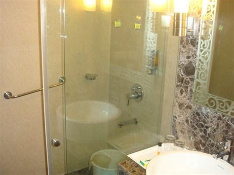 hotels with bathtub in goa club mahindra varca beach goa hotel reviews photos