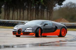Surprisingly, the Veyron isn't an intimidating car to drive on the ... Motorway