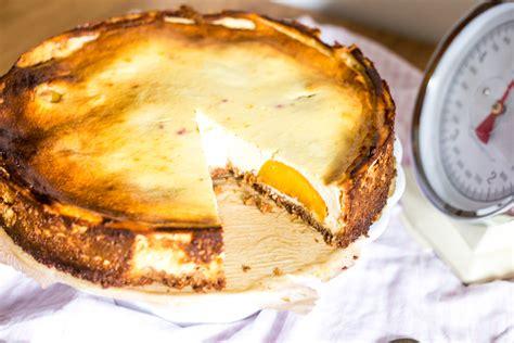 pfirsich quark kuchen omas quark kuchen mit pfirsich 9172 antonella s backblog