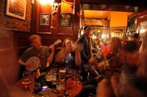 auld shillelagh bars  pubs  stoke newington london